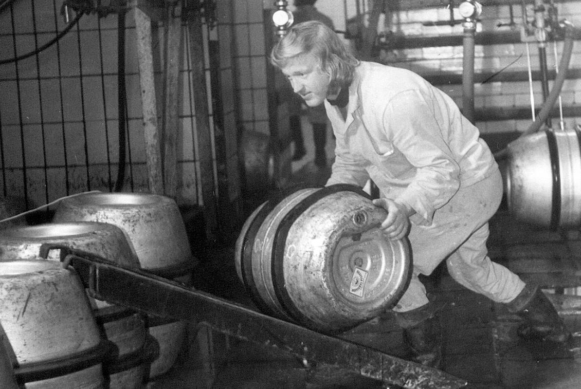 Nach der Übernahme durch die Familie Nordmann wurden zunächst nur Fässer gefüllt.