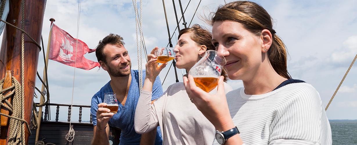 Tasting on board of the Lisa von Lübeck