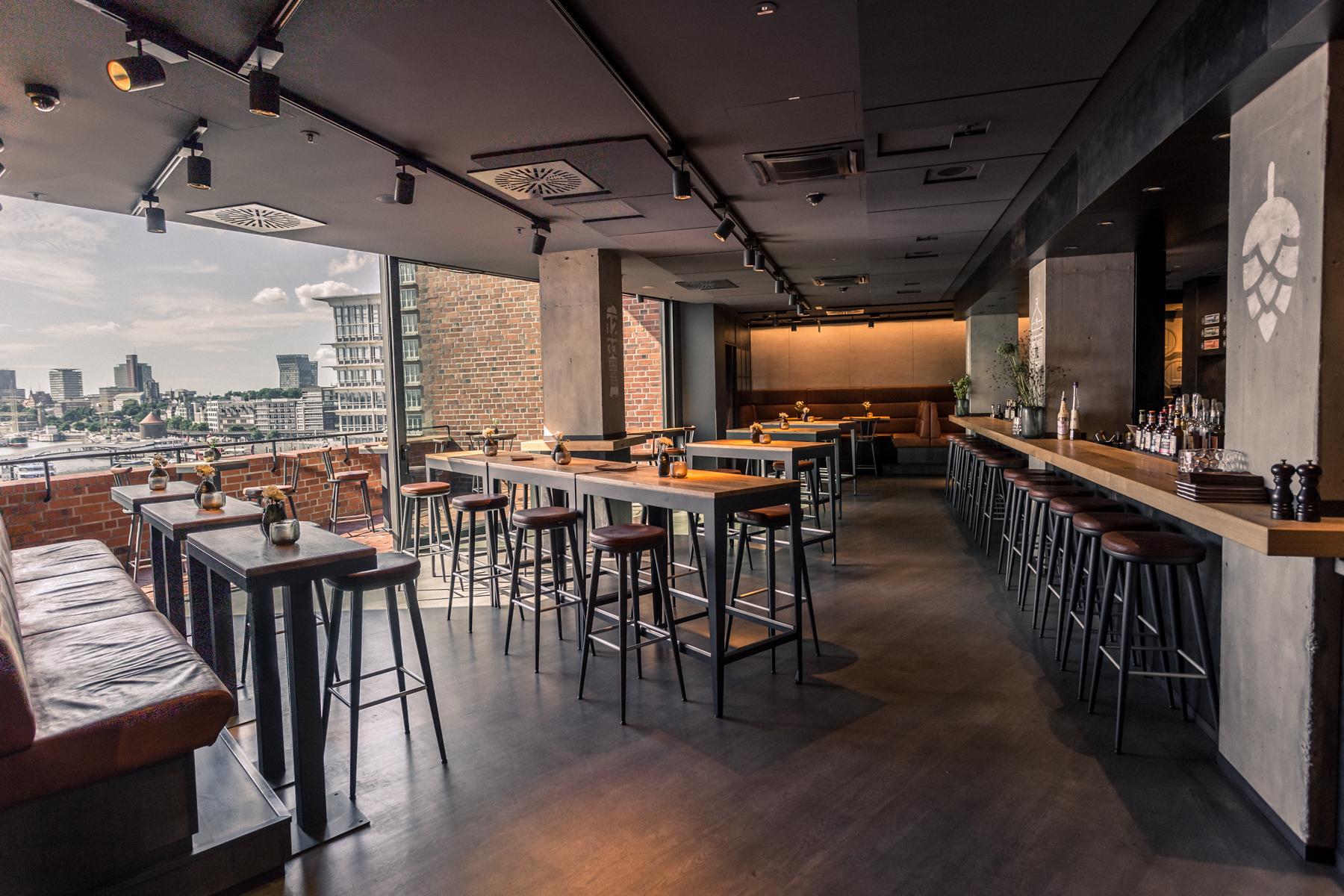 Locationbilder_Beer&Dine_BarUeberblick