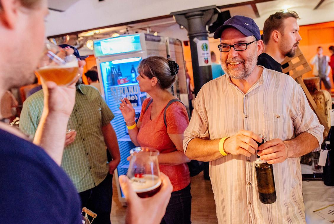 Einzelkämpfer und Braugruppen präsentierten ihre Biere.