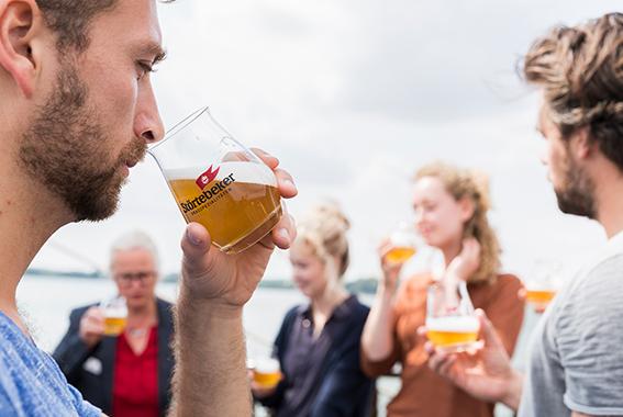 Am Stand der Braumanufaktur konnte man 16 verschiedene Biere probieren.
