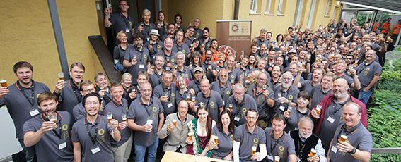 Die 133-köpfige Jury vom European Beer Star 2017