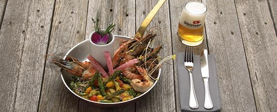 Unsere Empfehlung zum Keller-Bier 1402: Riesengarnelen mit Pistazien-Pesto