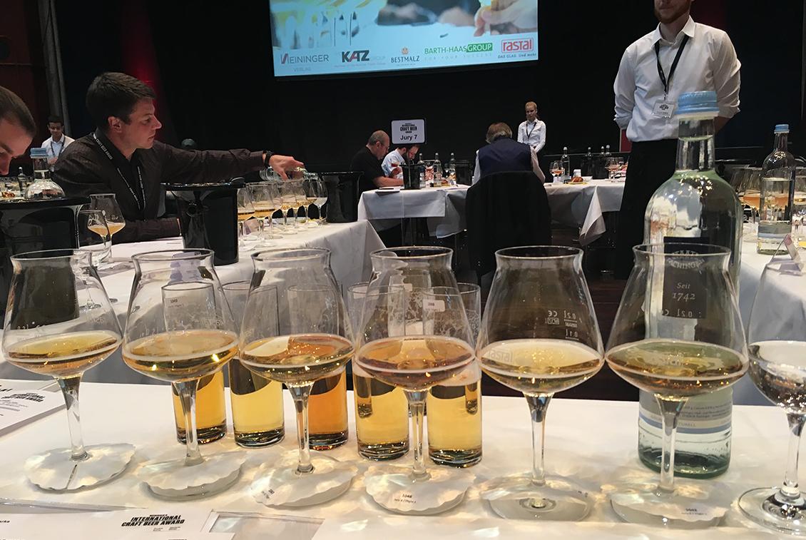 Insgesamt 84 Bierexperten verkosteten knapp 1090 Biere an 2 Tagen.