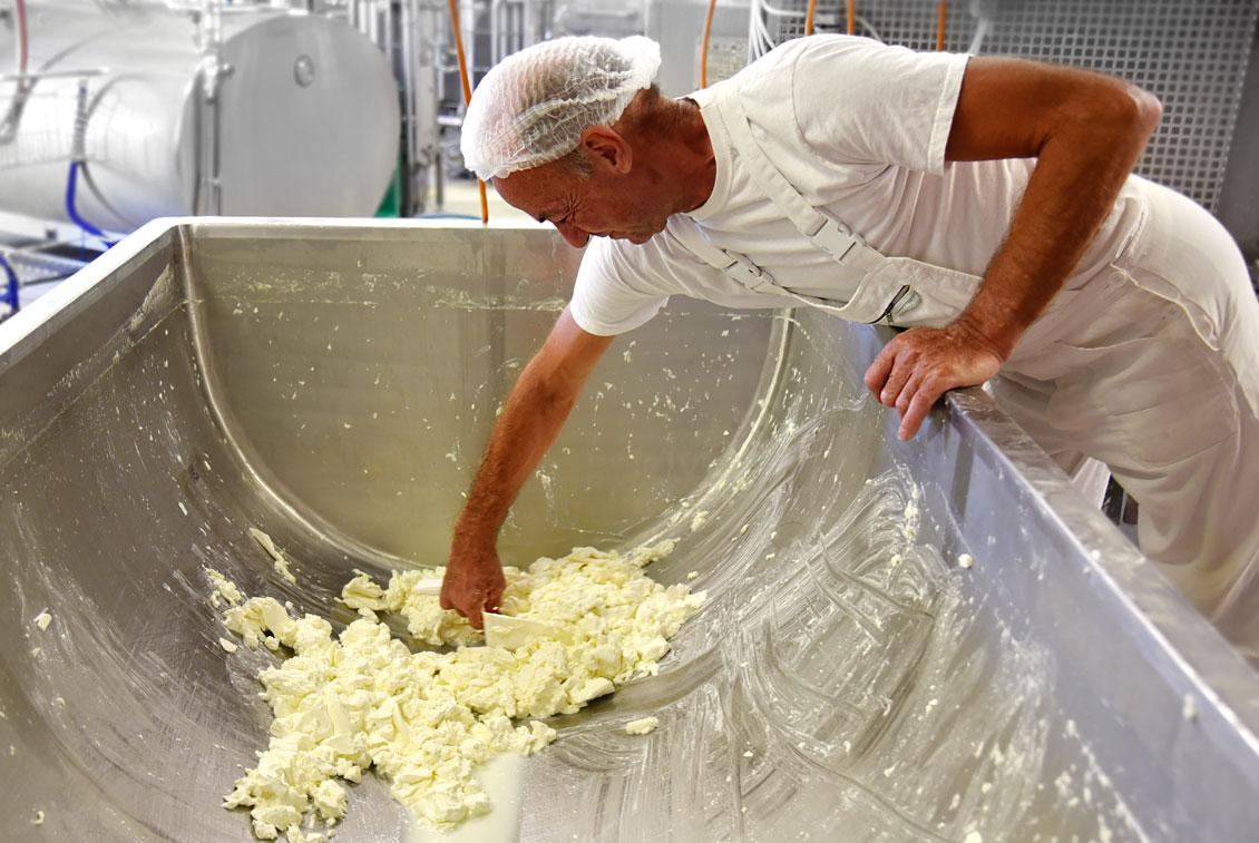 In der Rügener Inselfrische wird Milch aus direkter Nachbarschaft verarbeitet.