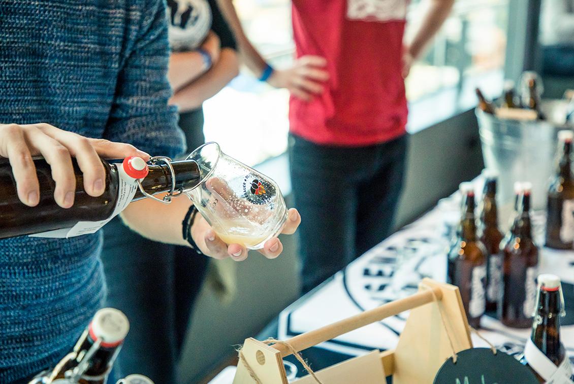 Bierinteressierte konnten knapp 200 verschiedene Biere probieren.