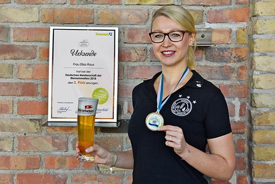 Platz 3 bei der Deutschen Meisterschaft der Biersommeliers für Elisa Raus