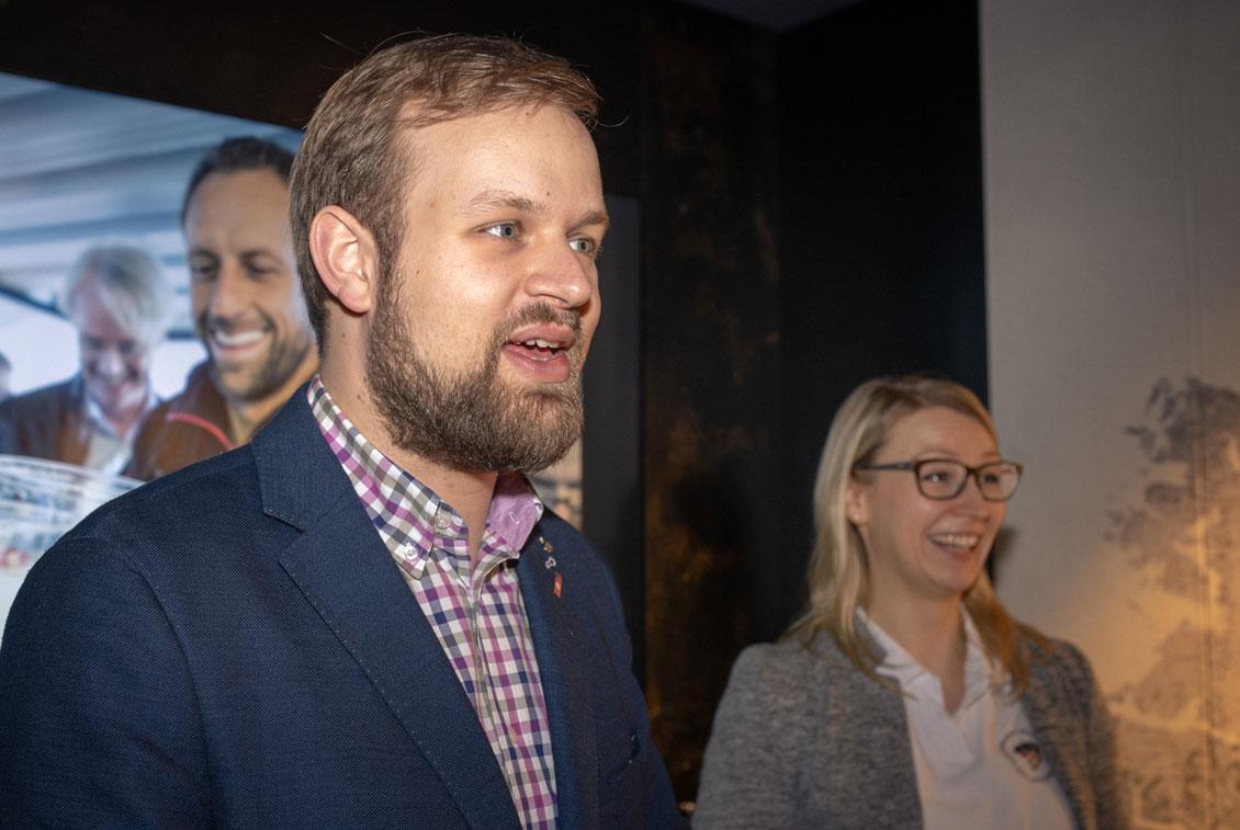 Die Biersommeliere Jens Reineke und Elisa Raus begrüßten die Gästen.