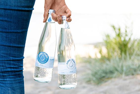 Der älteste und beliebtestes Durstlöscher der Welt: Natürliches Mineralwasser.