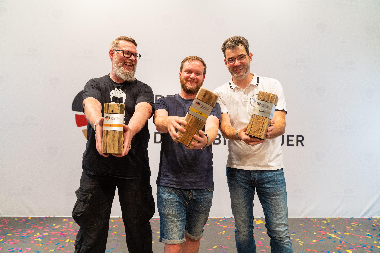 Die Wettbewerbs-Gewinner v.l.n.r.: Dieter Albrich (Platz 3), Nils Lichtenberg (Platz 1) und Markus Krenkler (Platz 2)